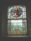 Torpa kyrka, glasmålning i korfönstret.