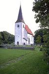 Martebo kyrka från sydväst