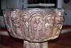 Dopfuntens reliefer: Heliga tre konungar (eller möjligen tre helgon).