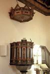 Predikstolen från 1600-talet.