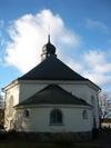 Regna kyrka, från öster.