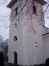 Västra Husby kyrka från sydväst.