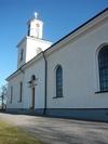 Kuddby kyrka, södra fasaden.