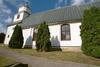 Kyrkans södra fasad.