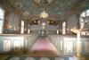 Kyrkorummet sett från koret mot orgelläktaren i väster.