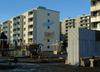 Skärholmen, Måsholmen 5, Äspholmsvägen 2-24,  Måsholmen 5. Under 1999 har några av fasaderna färgats om samtidigt som Skärholmsterrassen har renoverats. Detta har skett i samarbete med de boende som ett led i Ytterstadssatsningens arbete.