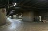 Skärholmens centrum ligger på ett stort betongdäck. Under betongdäcket finns ett system av last- och servicegator.