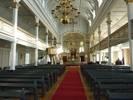 Stensele kyrka brukar kallas Lappmarkens katedral och när man kommer in i kyrkan förstår man varför. Det höga mittskeppet med klerestoriefönster och snedsträvor samt de längsgående läktarna är viktiga rumsliga karaktärsdrag. Den detaljrika fasta inredningen är nästan i sin helhet från byggnadstiden. Två stilar möts i kyrkorummet  nyklassicism och nygotik  men ändå är interiören väl sammanhållen. Kyrkan tillkom i en brytningstid då just denna stilblandning var mycket tidstypisk. Trots att kaminerna är från 1934 förstärker de upplevelsen att ha klivit in i ett kyrkorum från 1800-talets slut. Kororgeln och ambon är de nytillskott som är mest iögonfallande.