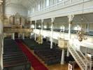 Ett bänkpar demonterades längst fram och längst bak 1978, men fortfarande fyller bänkarna ut större delen av kyrkan och läktarna. Orgelläktaren byggdes ut 1934 och orgelfasaden kompletterades med det flankerande ljudskåpet när orgelverket byttes ut 1956. Förändringarna är tämligen begränsade och kyrkans karaktär är därför bevarad.