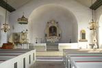 Södra Möckleby kyrka, interiör bild mot koret.