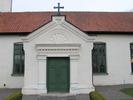Ventlinge kyrka, vapenhuset i söder.