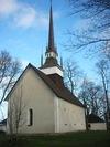 Brunneby kyrka från SV